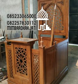 Podium Kayu Minimalist Terindah Finishing Melamik